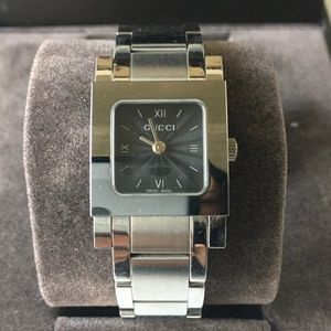 Vintage Gucci 7900P Timeless Watch